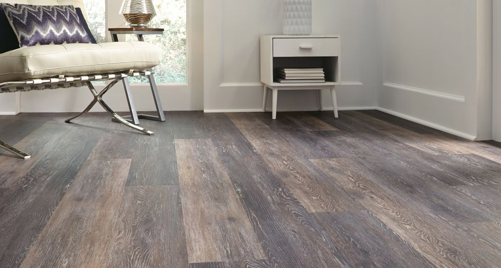 Luxury vinyl flooring supplied and fitted in manchester for Quality linoleum flooring